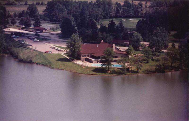 Old- Air Clubhouse Lake